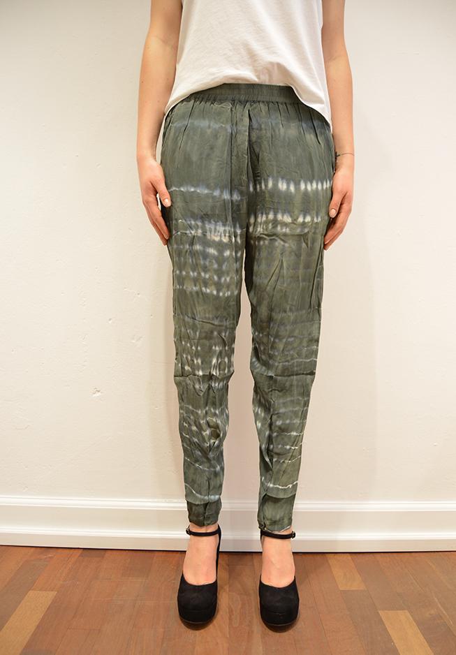 Rabens saloner bukser, 20858 ikatprint grøngrå fra n/a på tiffany