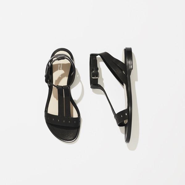 Billede af Yvonne Konè sandal, t-strap black