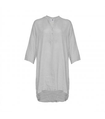 Front af grå skjortekjole i hør