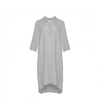 Front af grå hørskjortekjole