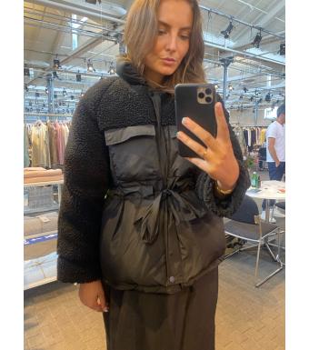 Tiffany Crossy Jacket, Black