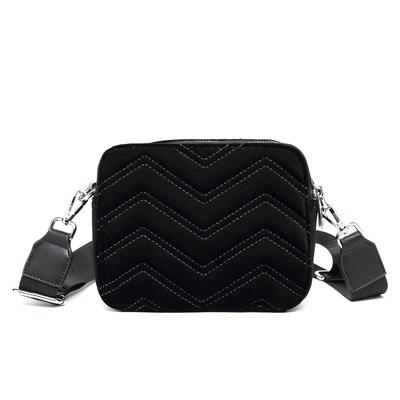 Image of   Noella Zig Zag Bag, Pinstripe Black